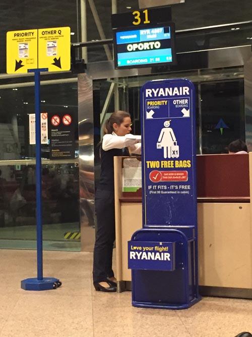 Ryanair Baggage Rules 2017