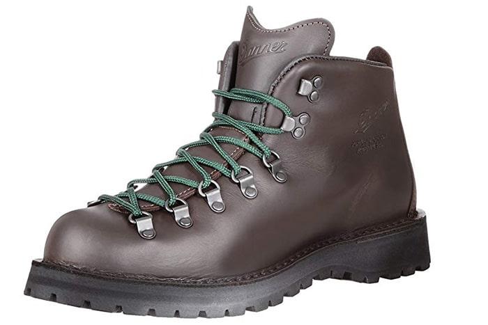 travel shoes men